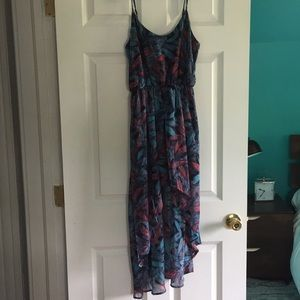 Hi-Lo flowing Maxi Dress